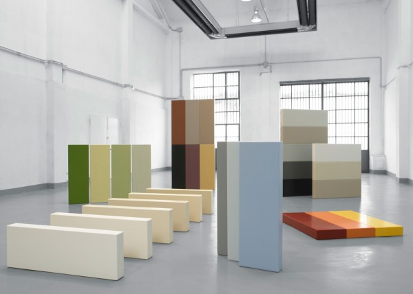 Solid Colours Bisque by DuPont™ Corian®